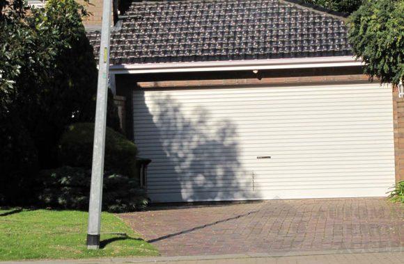 Paperbark AA Series Roller Garage Door